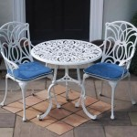 Leisuregrow Norfolk White 75cm Round Bistro Set
