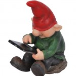 Vivid Arts Playful Gnome Son with Leafpad – Size F