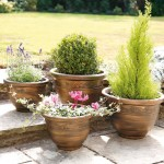 Greenhurst Pack of 4 Antique Plastic Planters