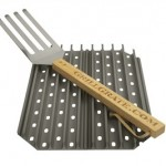 Grill Grate Kit – Two 13.75″ (34.92cm) for Big Green Egg GrillGrate Panel